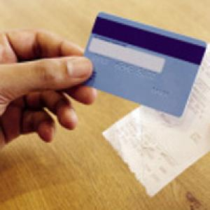 Comparing credit card and receipt